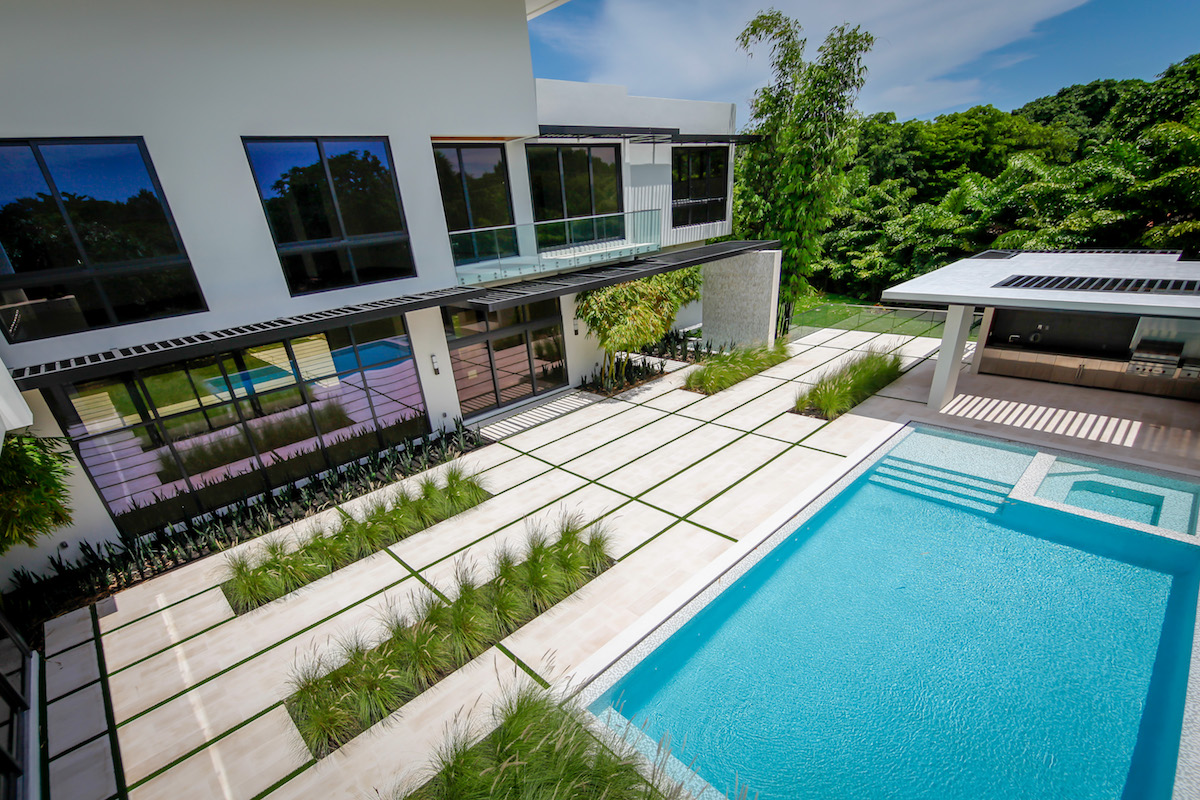 Ich builders sw th terrace miami fl
